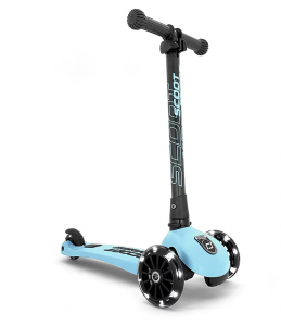 Scoot and Ride Highwaykick 3 LED Scooter  / Roller blueberry | by Schmatzepuffer®