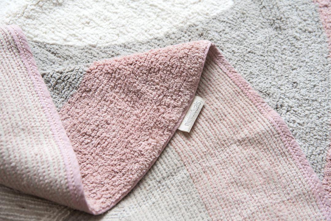 Schmatzepuffer® - Kinderzimmer Teppich Pinguin grau/rosa ...